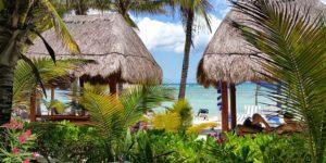 beach-1763899_640