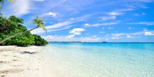 beach-calm-clouds-idyllic-457882