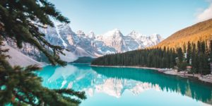 beautiful-view-of-moraine-lake-2662116