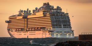 cruise-ship-3547180_640